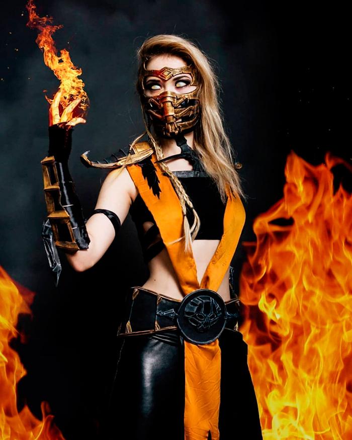 Специальный пятничный косплей по Mortal Kombat