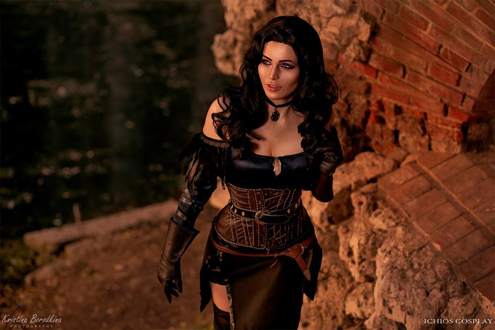 Косплей по Ведьмаку — Трисс, Йеннифэр и Цири