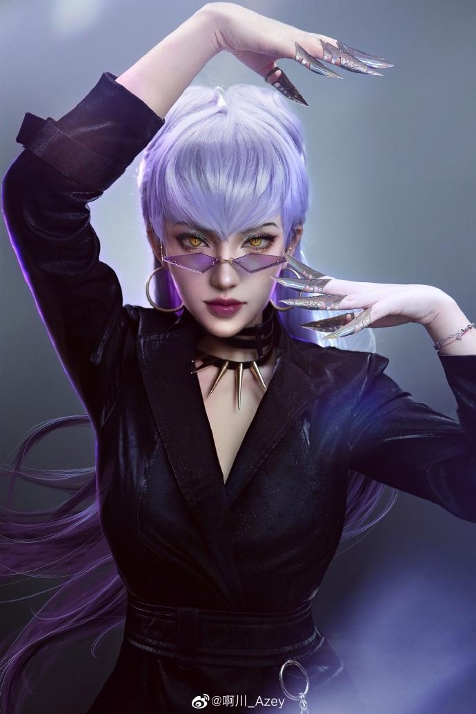 Пять правильных на Эвелинн из K/DA — League of Legends